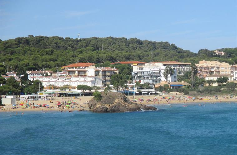 La Fosca beach from the sea