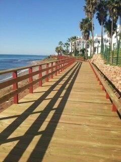 Sea front path from Riviera to La Cala /3 km/