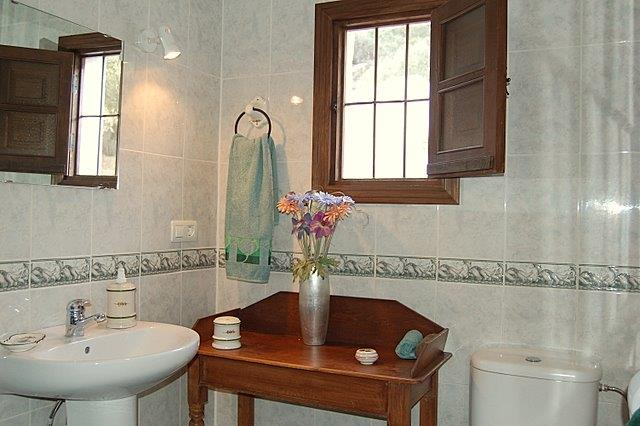 Family shower room Casa Algarrobo