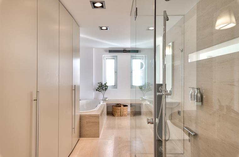 Master bath room with bath tub and shower