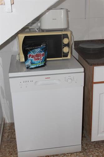 Dishwasher and toaster
