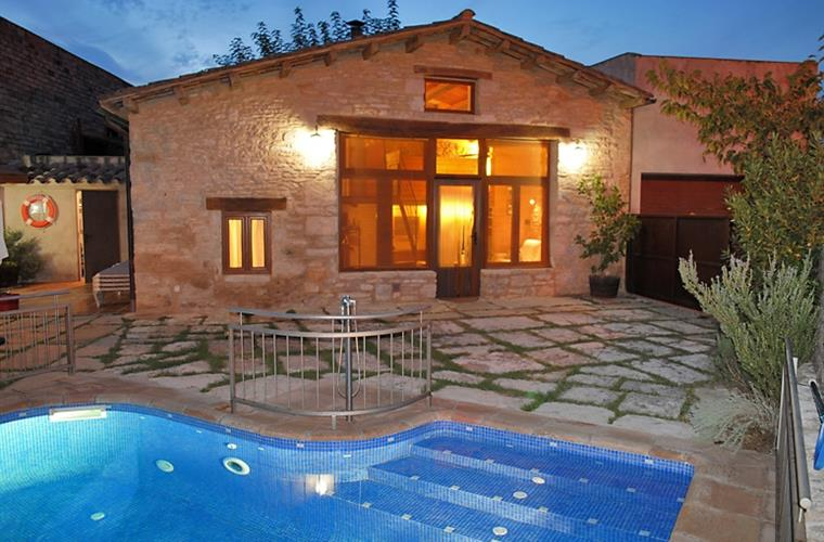 La Cabanya hus med privat pool