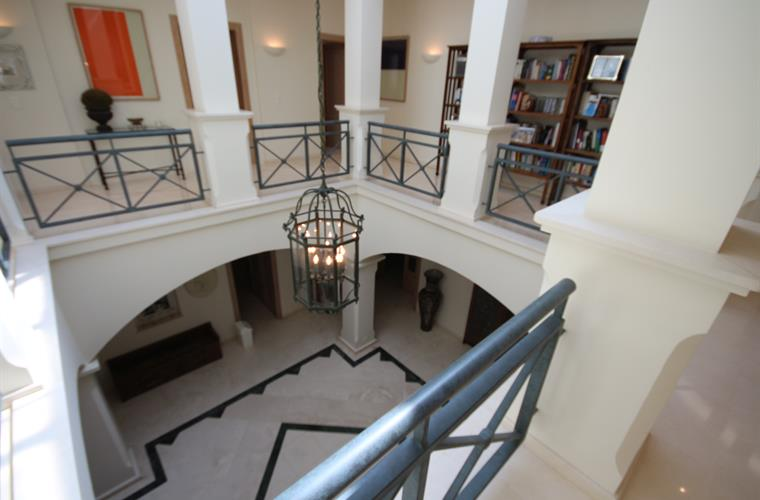 Main entrance hall seen from the bedrooms floor.