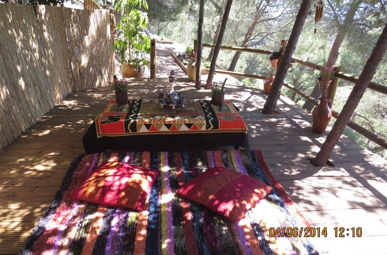 Moroccan deck - relaxation area in the grounds with hammocks