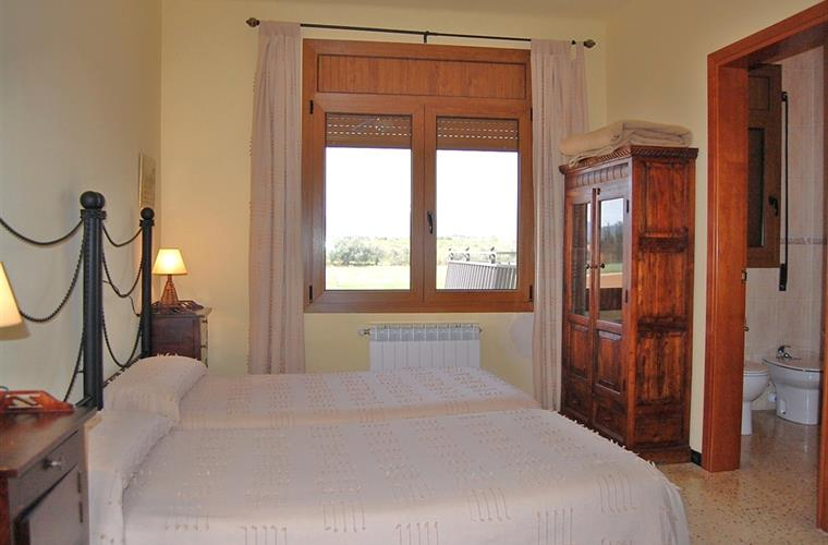 One more of the 10 pretty bedrooms in Casa Costell