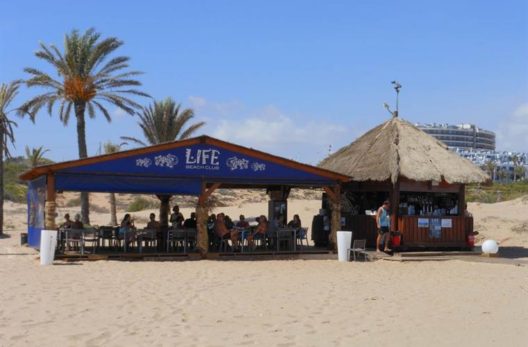 Life Beach Club at the Carabassi beach