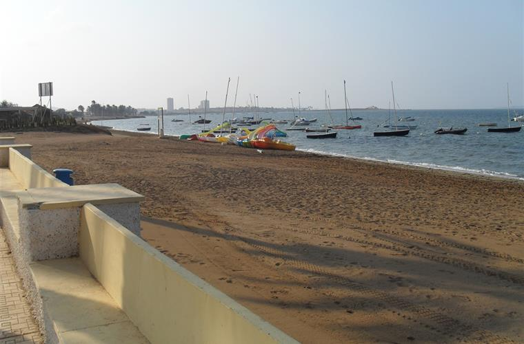 Watersport area + beach