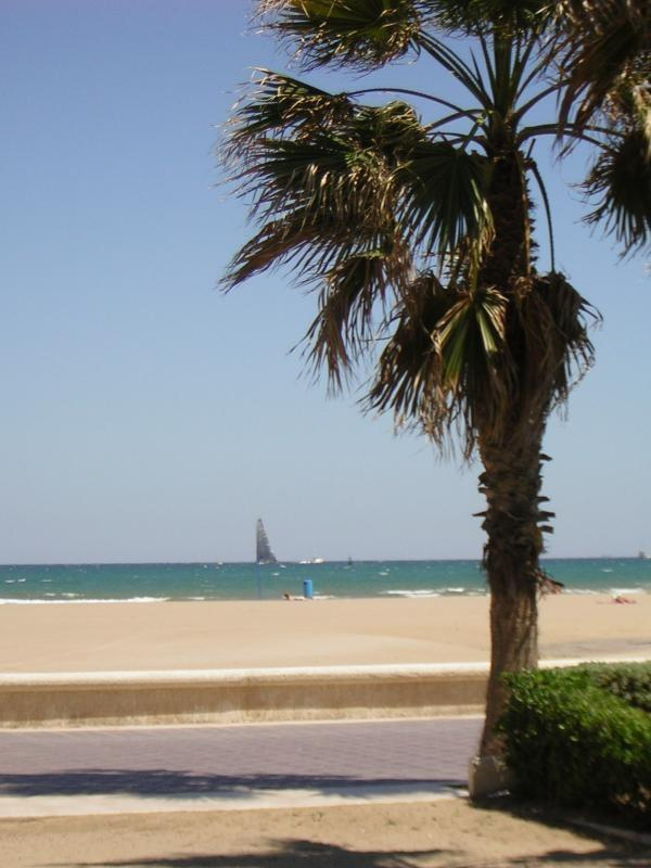 Boulevard and beach 500 meters
