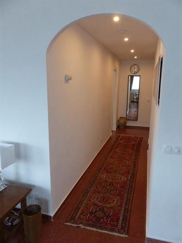 Hallway from front door to Lounge/Dining Room (Jan 2016)