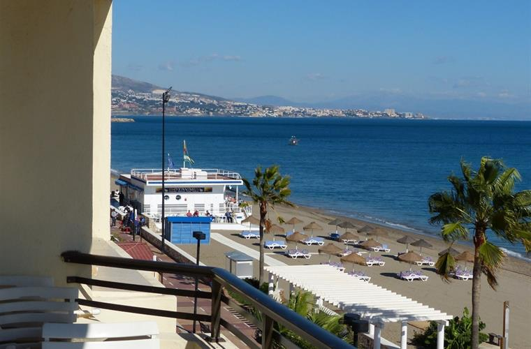 View towards Fuengirola centre from balcony (Nov 2014)