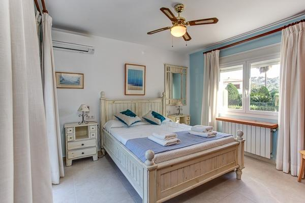 double room with balcony and air con