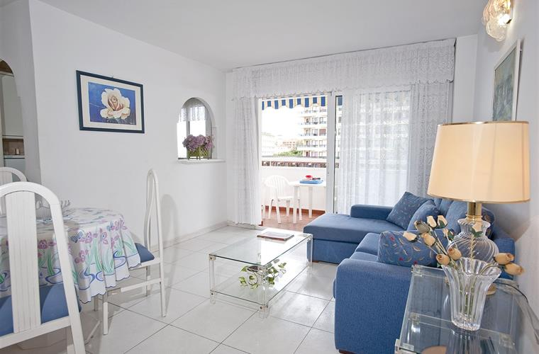 2 bedroom beach apartment Benalmadena