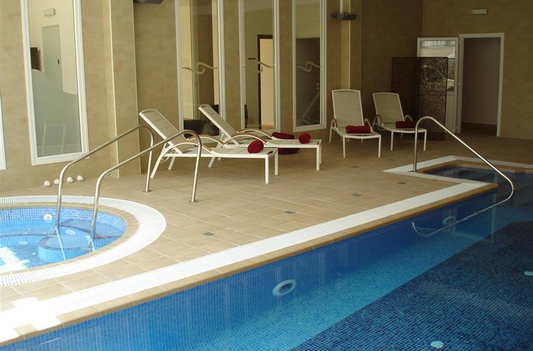 Semesterl genhet hyrs ut i moraira moraira semesterl genhet 5261 Indoor swimming pools in sandy utah