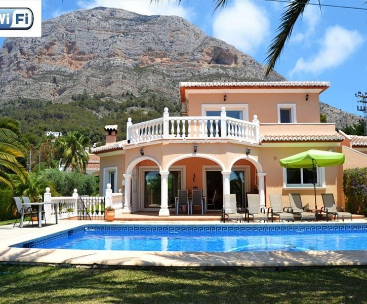 Rent this beautiful villa with pool at Montgo in Javea