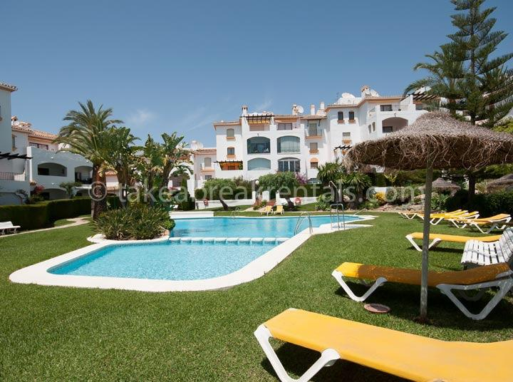 Pool Nueva Andalucia rental apartment Cerro Blanco 2 bedrooms
