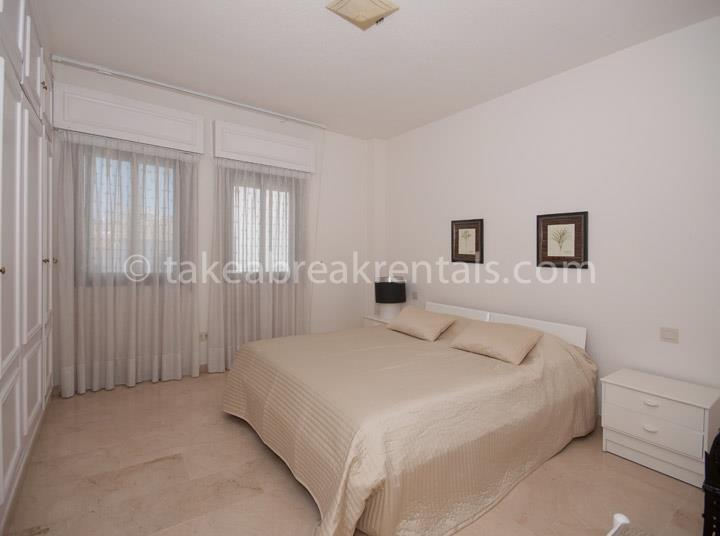 Bedroom Family apartment rentals Spain