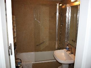 Bathroom No.2 has bath, 1 washbasin and loo