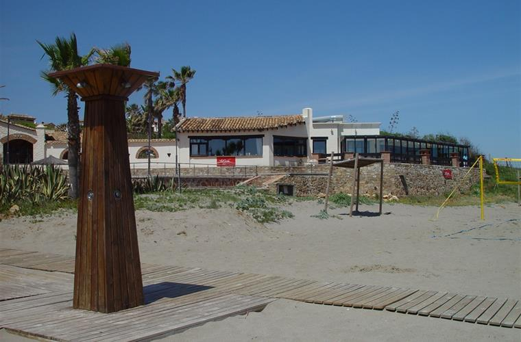 La Vista restaurant on the beach at Alcaidesa
