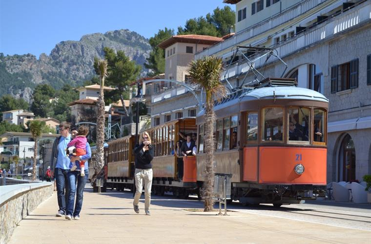 "One of the favorite ""must-do´s"": TRAM from Puerto to Soller"