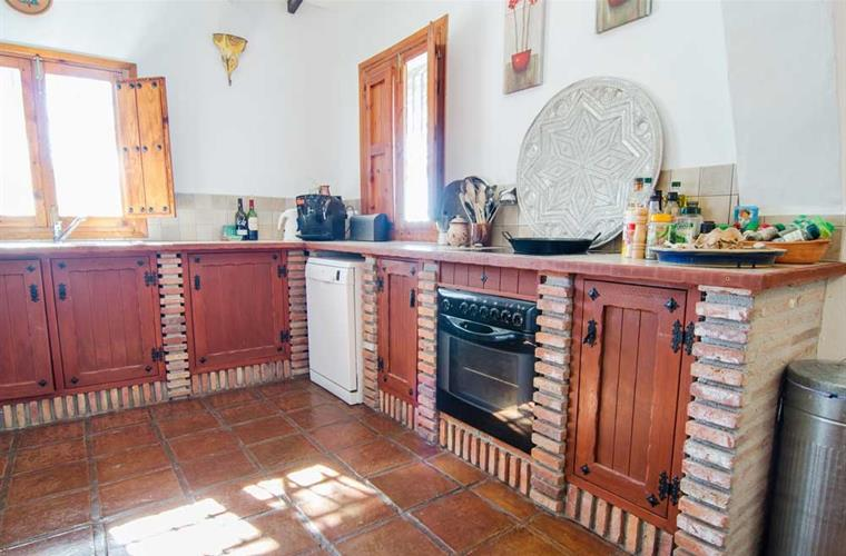 Andalusian style de luxe kitchen