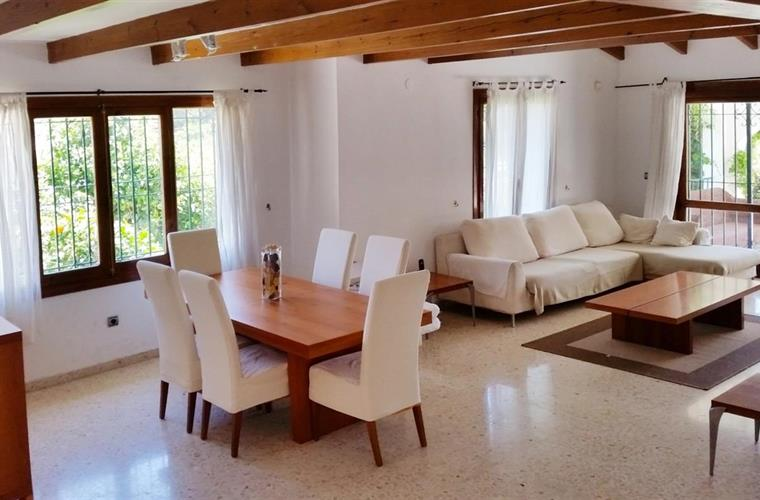 dining area with sitting room