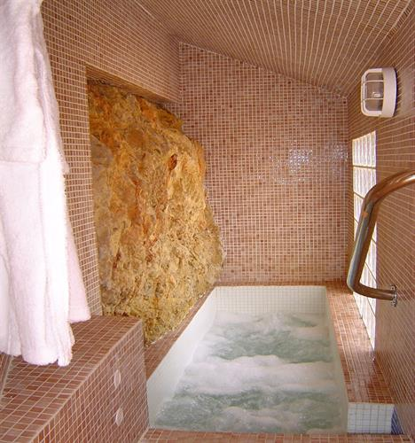 Jacuzzi, private use
