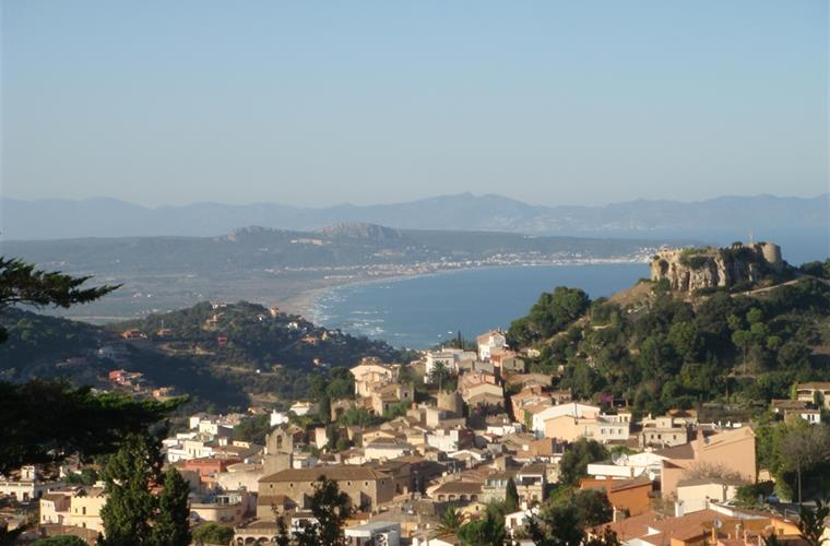 Begur seen from atop, 5 min drive