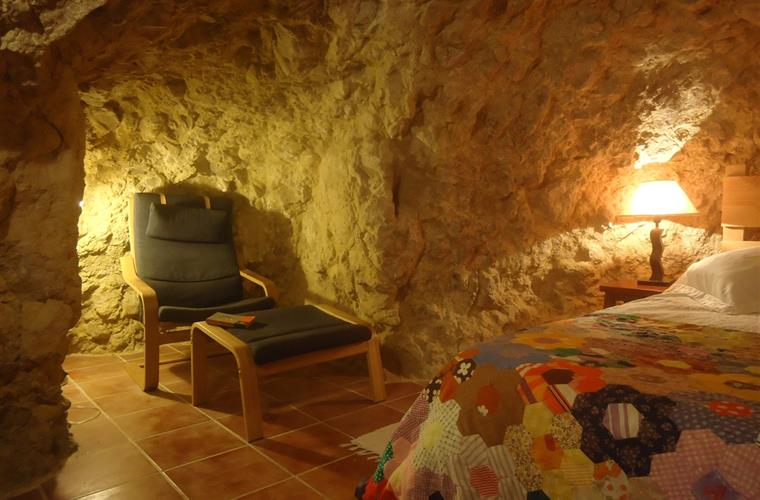 The reading cave