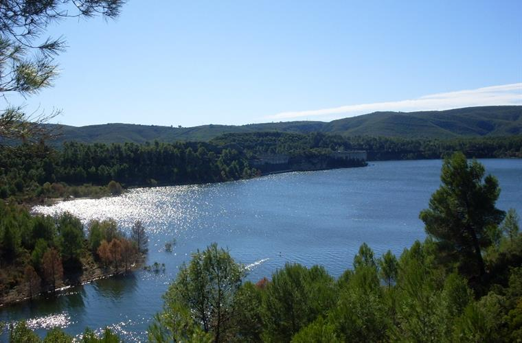 Embalse de Forrata. This beautiful lake is just down the road.
