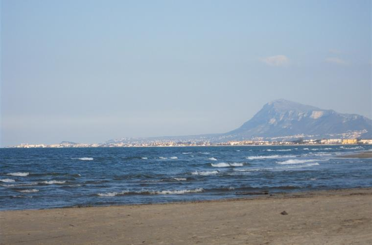 Panoramic view of Denia with the Montgó from Deveses beach