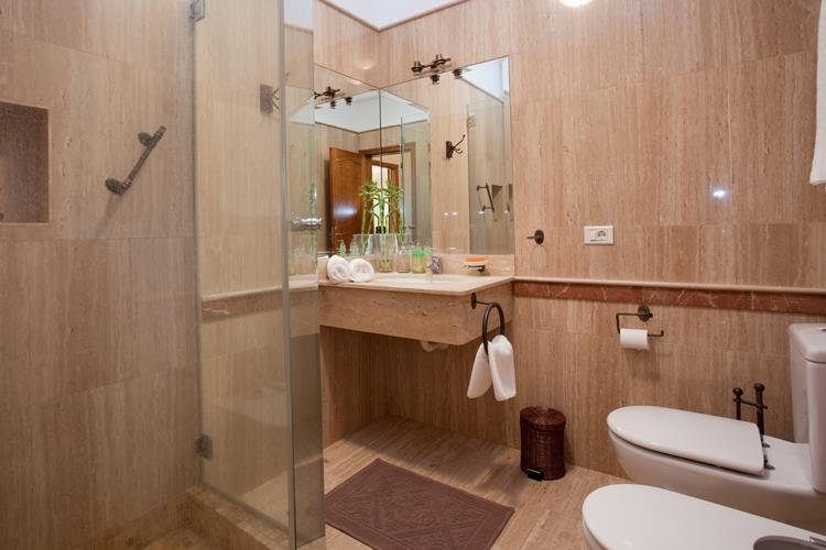 Bathroom 2 of 3