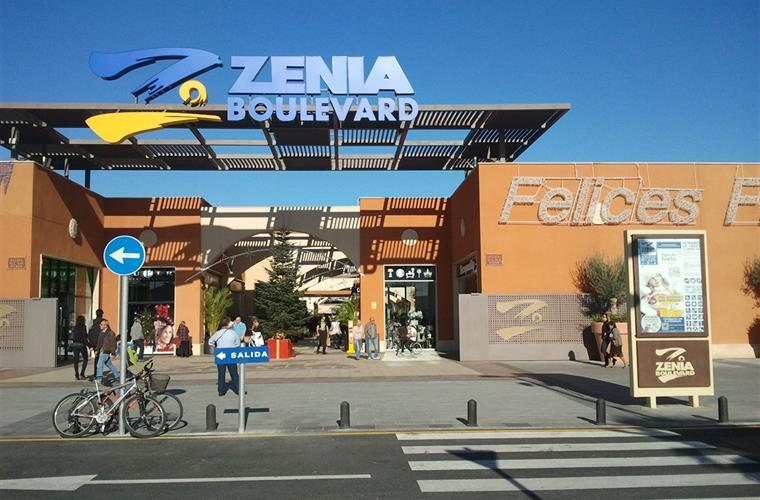 zenia boulevard shopping centre, 700m walk. see www