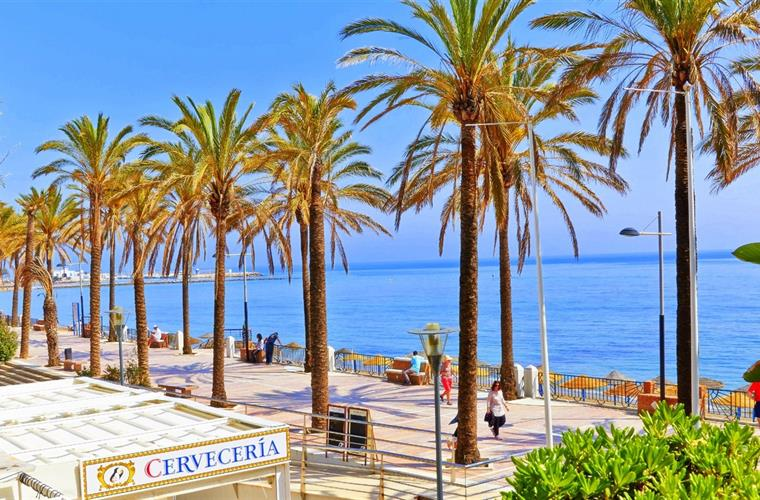 Sea promenade in Marbella