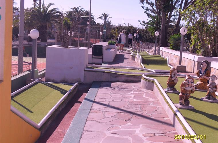 Minigolf also in Sol Park