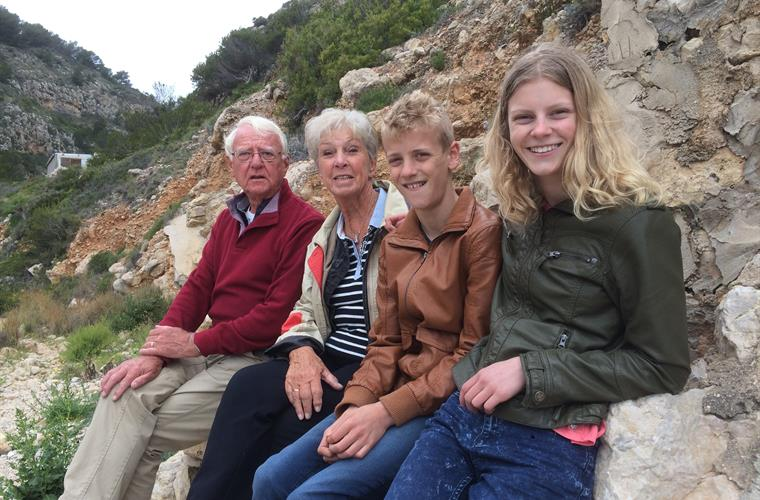With the grandchilds during a mountain walk