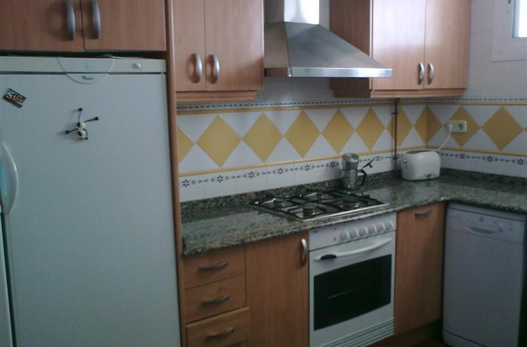 Refurbished fully-equipped kitchen.