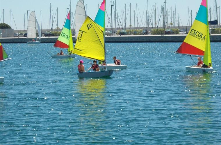 Sailing school 2 blocks from house with cheap weekly rates for all