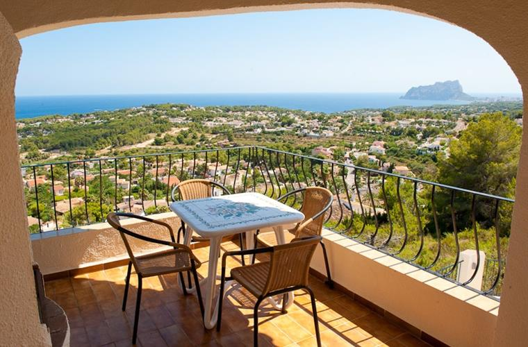 Balcony looking out onto Calpe Rock