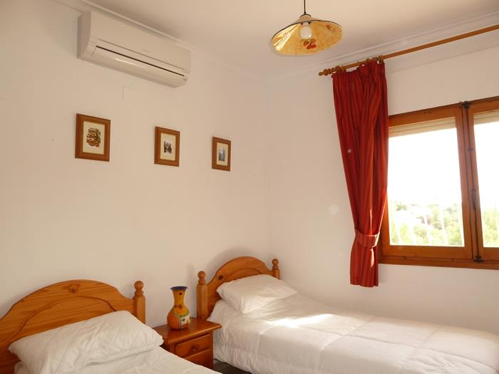 another of the twin rooms (with air con)