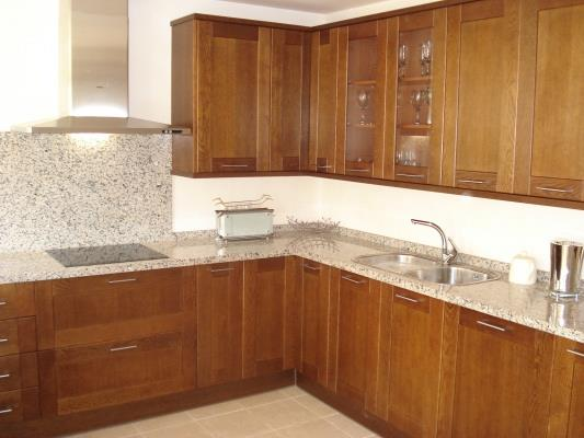 Kitchen with built in Siemens appliances