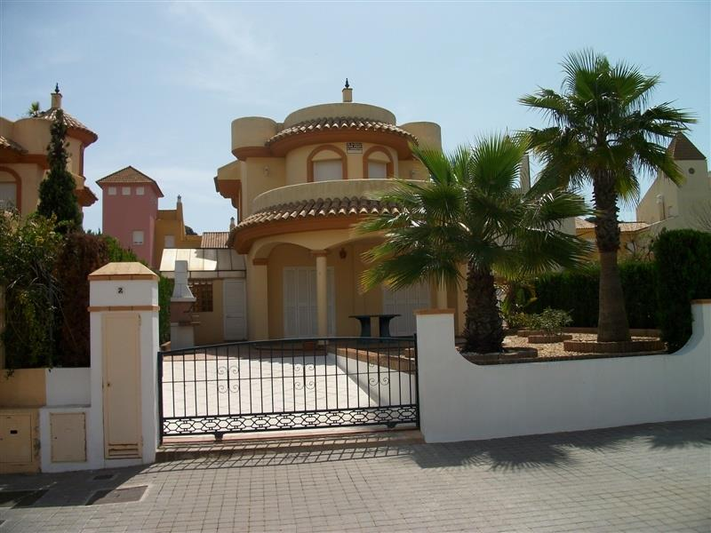 Holiday Villa For Rent In Islantilla Campo De Golf