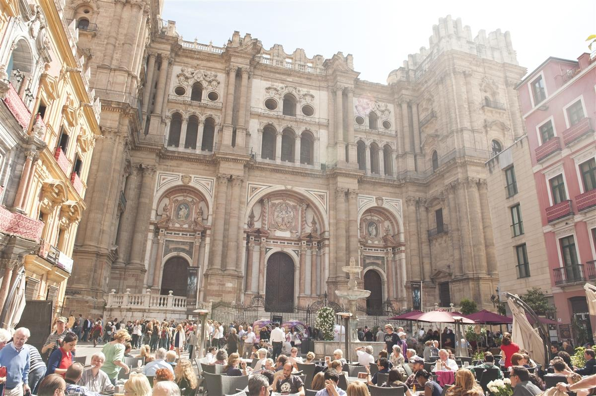 Tapas on the Málaga Cathedral