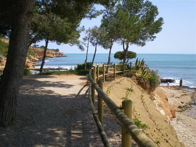 The nearest beach to The Almacen - quiet coves/rock pools/cafe