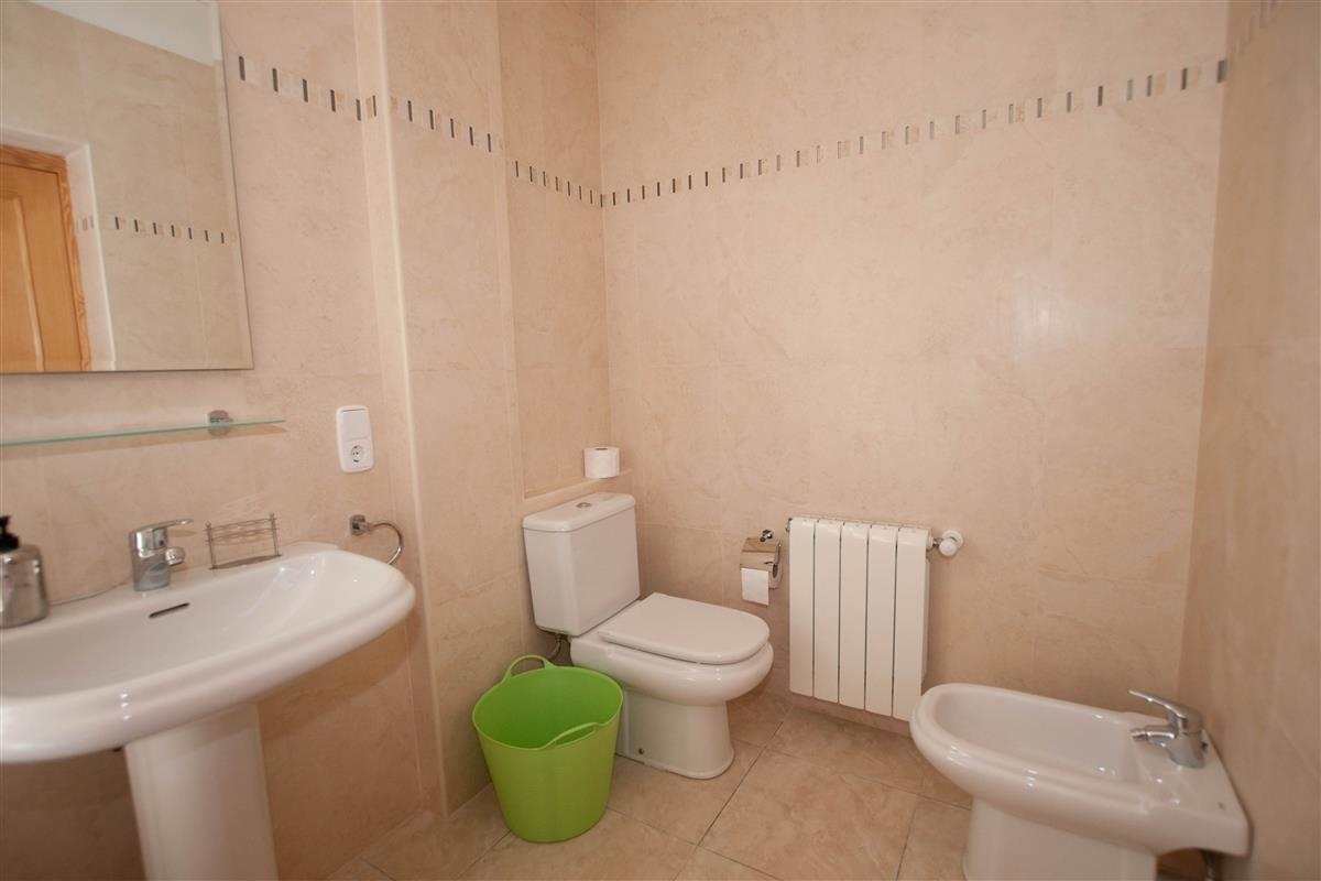 Masterbathroom with bidet and toilet