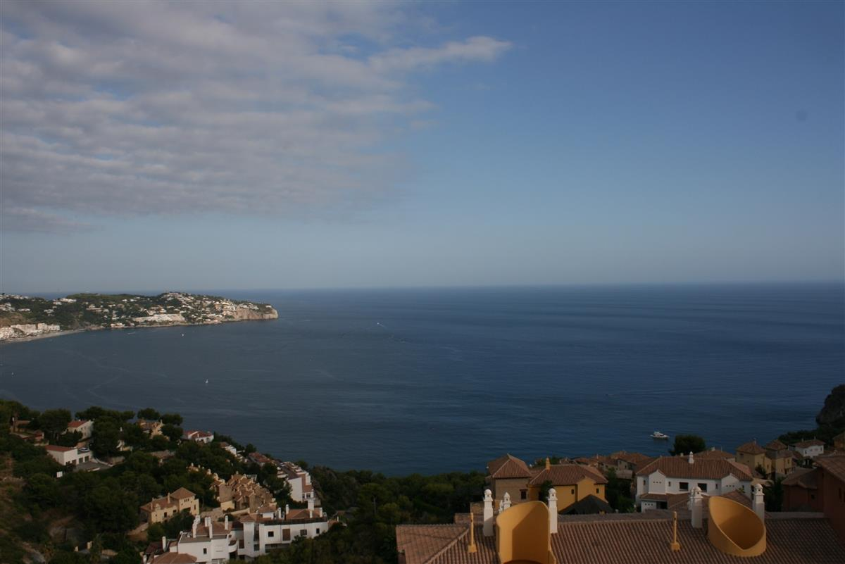 View over La Herradura bay.