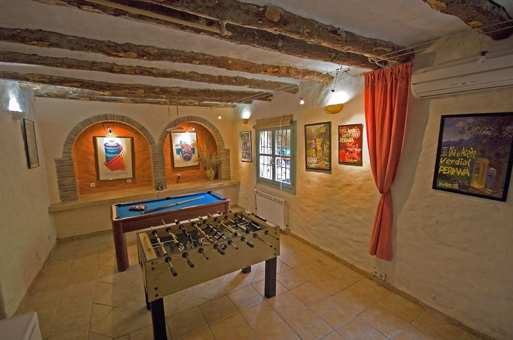 The games rooms. It also has a table tennis table