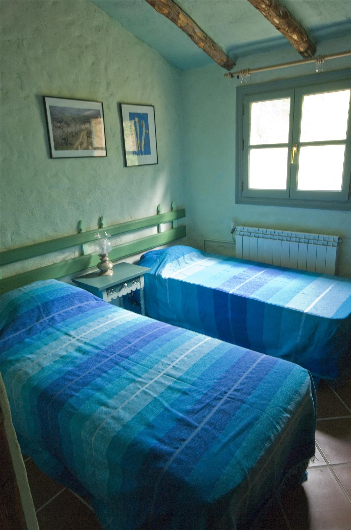 A typical twin bedded room