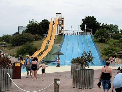 Local Waterpark Aquopolis