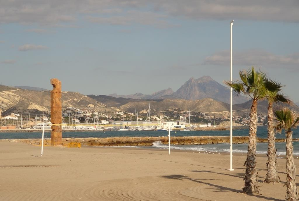 views of El Campello harbour and sandy beach