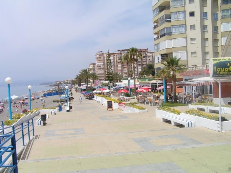Torrox Costa beach, bars and restaurants